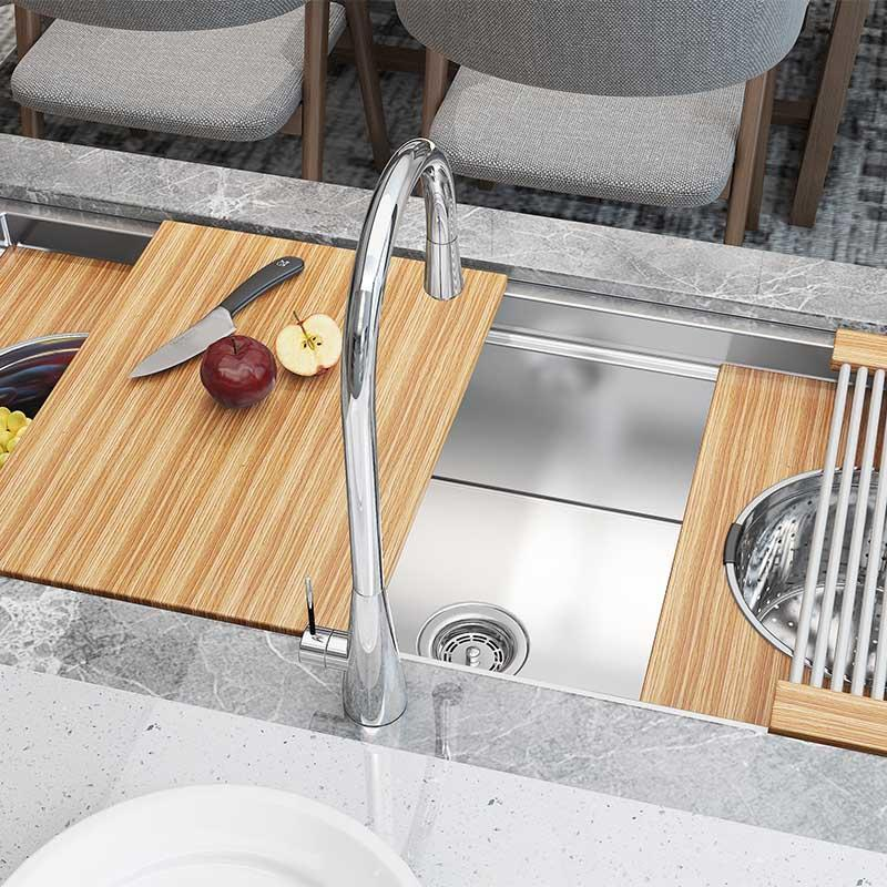 Stainless steel farmhouse kitchen sinks are well designed, durable